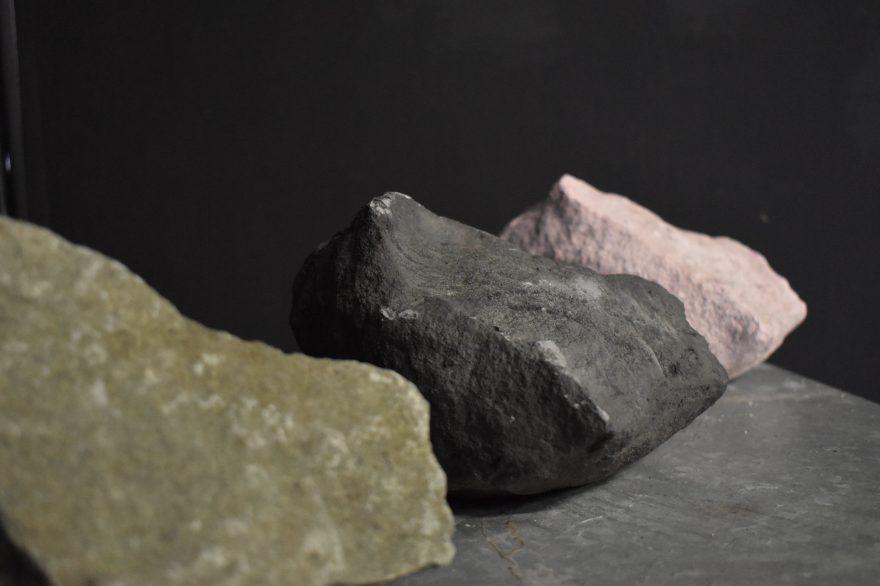 TarrynHandcock_artificialGeology_BasaltCollection_e